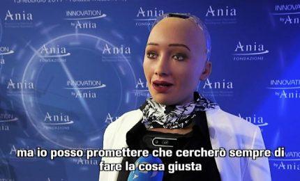 Intervistare un robot: Sophia parla di clima e scelte etiche