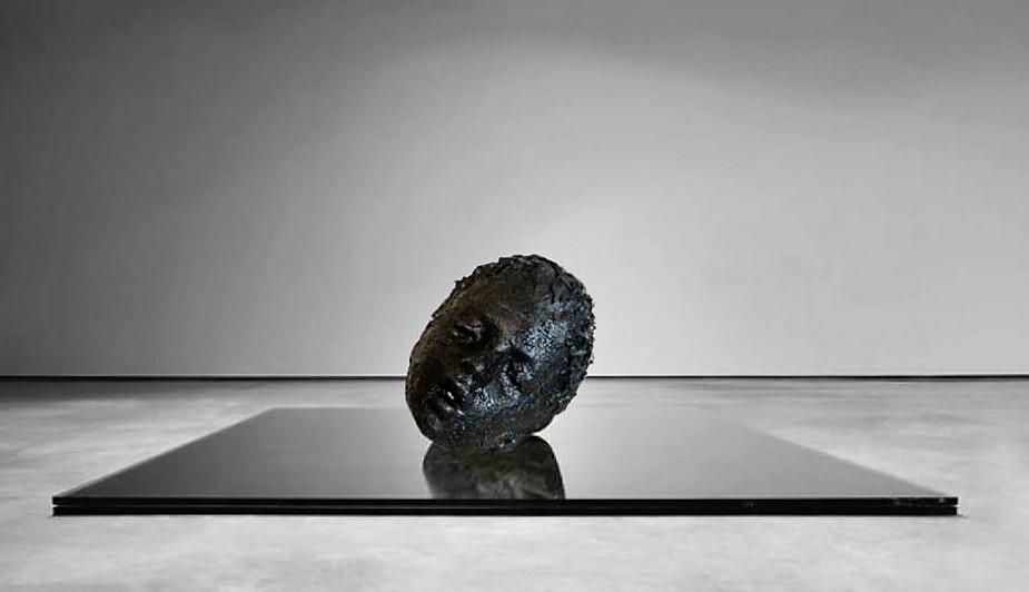 Mustafa Sabbagh al Wrong Weather Gallery di Porto