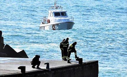 Recuperati due corpi senza vita dei 3 giovani dispersi in mare. Trovata anche l'auto