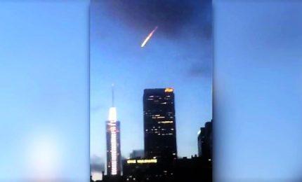 Avvistata una palla di fuoco su Los Angeles, panico su Twitter