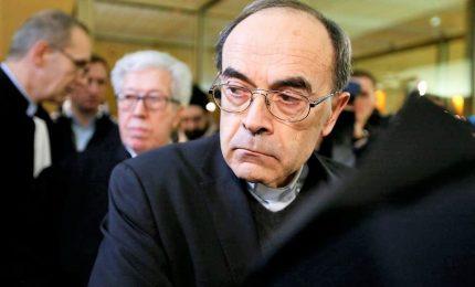 Pedofilia, condannato il cardinale Philippe Barbarin. Il prelato annuncia dimissioni al Papa