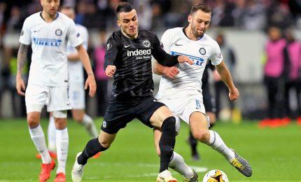 Inter spreca e soffre, 0-0 con Eintracht