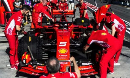 Vettel punta Silverstone, Ferrari con altre novità