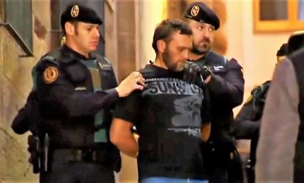 Igor condannato all'ergastolo, impassibile durante sentenza