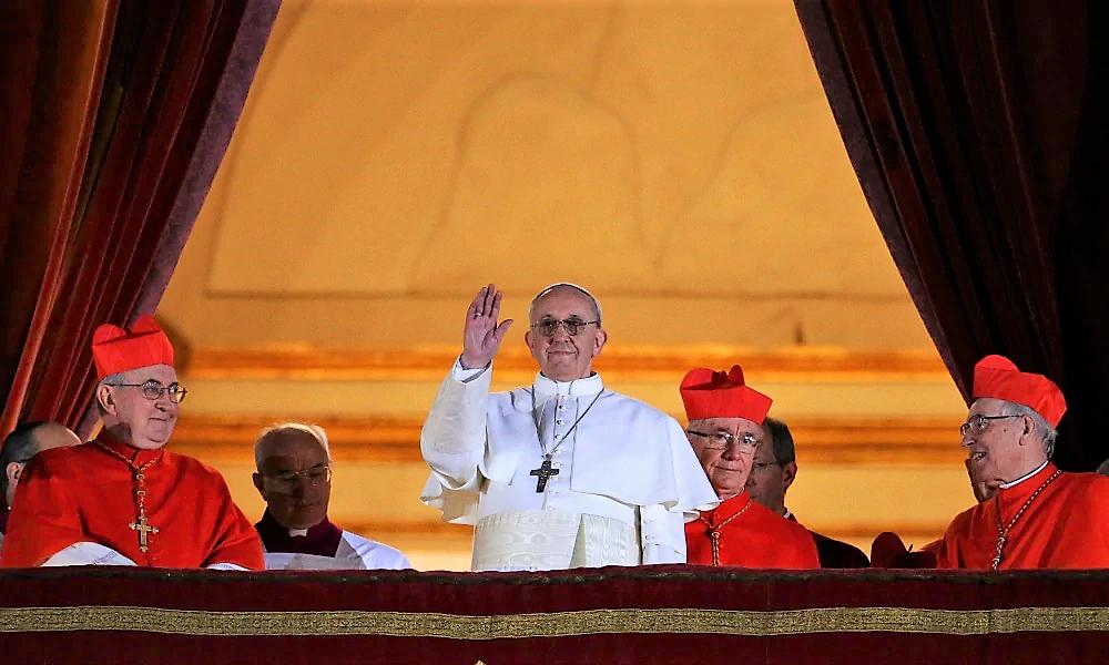 Prima votazione del Conclave: Bergoglio già 26, Scola si ferma a 30