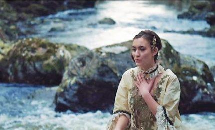 """In anteprima il video di """"Spirit"""" della cantante Raffi"""