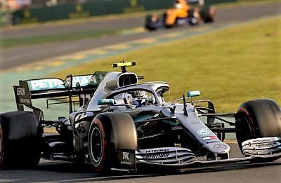La Ferrari prova svolta, la Mercedes si aggiorna