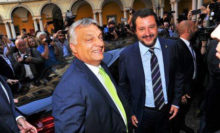 Salvini da Orban, pressing su Ppe. La campagna acquisti del leghista