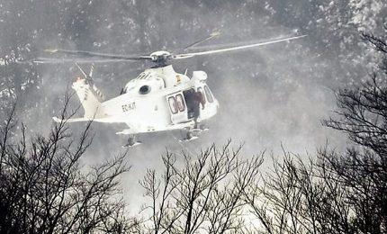 Elicottero cade in parco nazionale, 5 morti