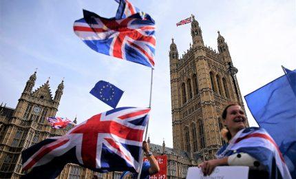"""Westminster esclude """"no deal"""", ma sulla Brexit è sempre caos"""