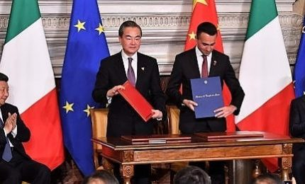 Xi a Mattarella, intensificata amicizia Italia-Cina. Firmato il memorandum 'Via della seta'