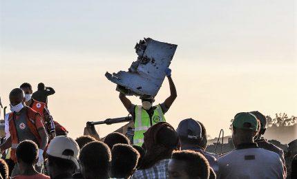 Schianto Ethiopian Airlines, ritrovate le scatole nere del velivolo. Procura Roma apre inchiesta