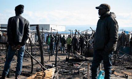 Incendio in nuova tendopoli S.Ferdinando, morto un senegalese