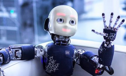 Le competenze per il lavoro del futuro, umani insieme ai robot