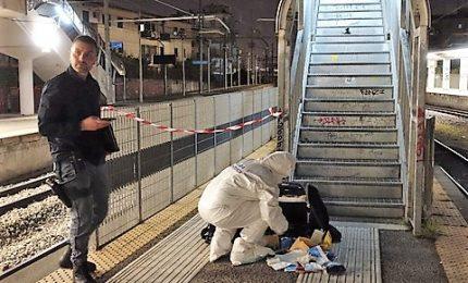 Violentata in stazione, tradita da chi la conosceva appena