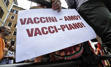 I 'No-vax' in un partito, movimento punta a regionali