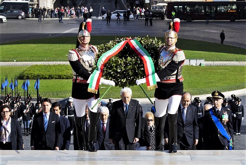 Mattarella: dovere morale e civile ricordare 25 aprile
