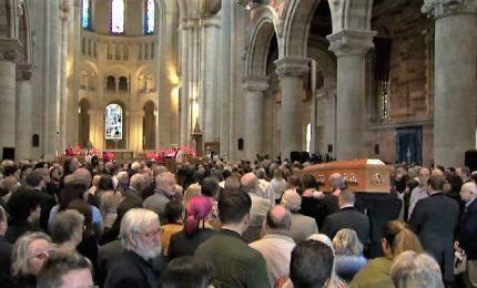 A Belfast May e Corbyn ai funerali della reporter uccisa a Derry