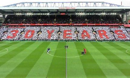 Liverpool, coreografia da brividi a 30 anni da Hillsborough