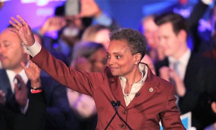 Lori Lightfoot primo sindaco donna, di colore e gay di Chicago