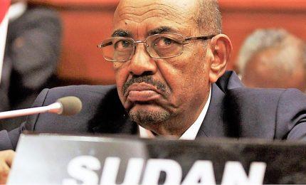 Golpe in Sudan, si dimette dopo 30 anni al-Bashir. Nasce governo militare di transizione