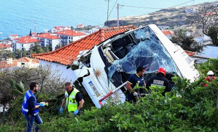 Portogallo, a Madeira 29 morti in incidente ad un bus turistico