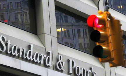 """S&P non cambia rating BBB Italia ma """"economia verso la recessione"""""""