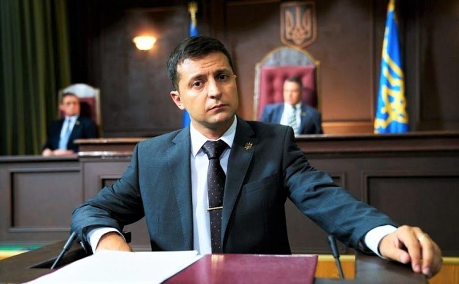 Zelensky-Poroshenko, corsa per la presidenza. Ma l'attore comico annusa la vittoria