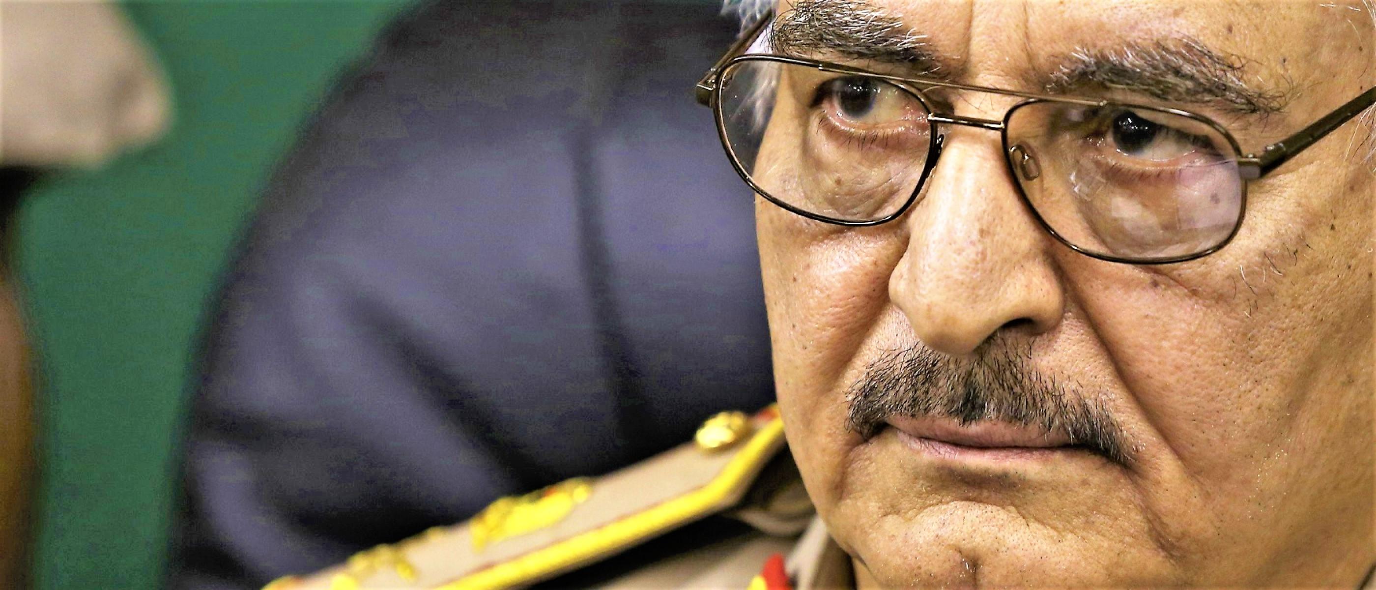 "I libici delusi da generale Haftar, Emirati Arabi preparano ""sostituto"""