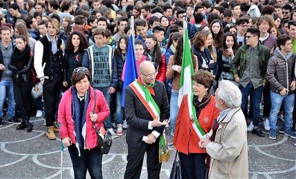 Studenti a lezione Resistenza, puniti per saluto romano