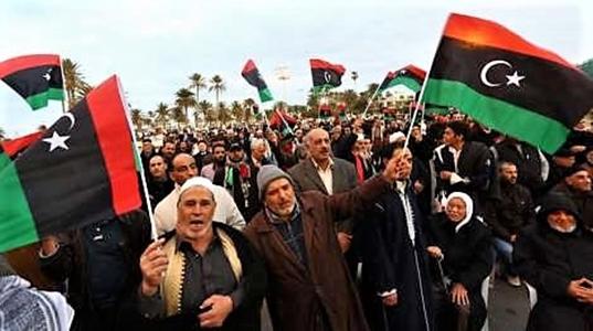 Libia, in piazza contro Haftar e la Francia. Conte preme su diplomazia e crea gabinetto crisi