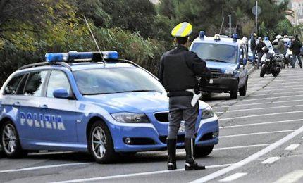 Bloccato dopo fuga da Slovenia furgone con 12 migranti