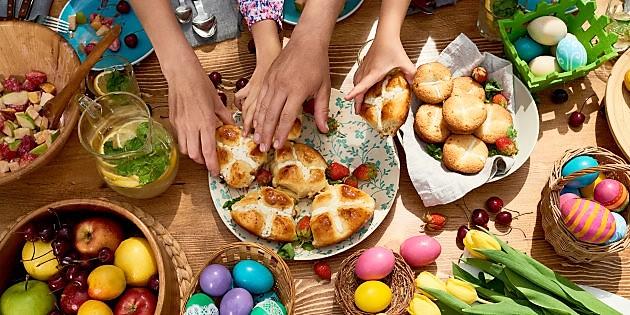 Pasqua, il 65% degli italiani pranza a casa. I piatti tipici