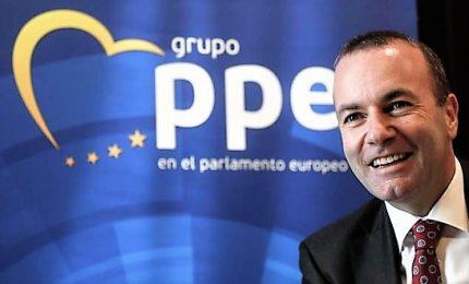 Partito popolare europeo smentisce Di Maio: nessun contatto con lui né ci sarà. Tajani, M5s in Ppe è irrealtà