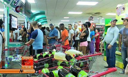 Cuba: crisi economica morde, razionati generi di prima necessità