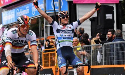 Giro, Cima vince l'ultima volata a S.Maria di Sala