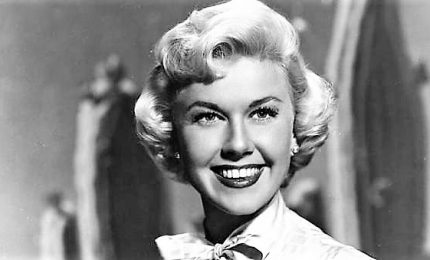 Hollywood piange Doris Day, la fidanzata d'America