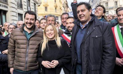 Scontro in Forza Italia, l'Opa di Meloni-Toti. Verso Pdl 2.0