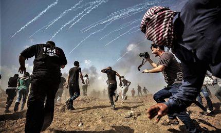 Gaza lancia 700 razzi verso Israele, oltre venti morti