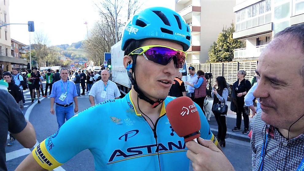 Giro: tappa allo spagnolo Pello Bilbao, Conti in rosa