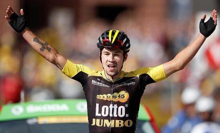 Locomotiva Roglic, si prende crono e leadership della Vuelta