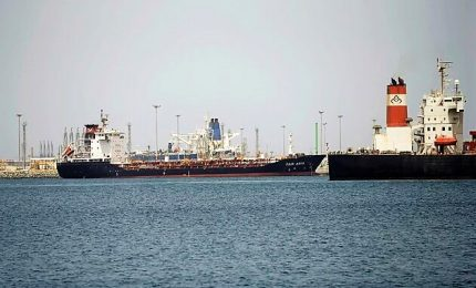 Sabotate navi petroliere saudite, alta tensione con Iran
