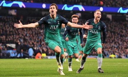 Impresa Tottenham vale la finale, 3-2 all'Ajax