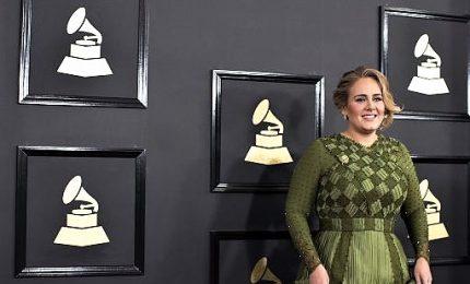 """Adele annuncia il nuovo disco, potrebbe chiamarsi """"30"""""""