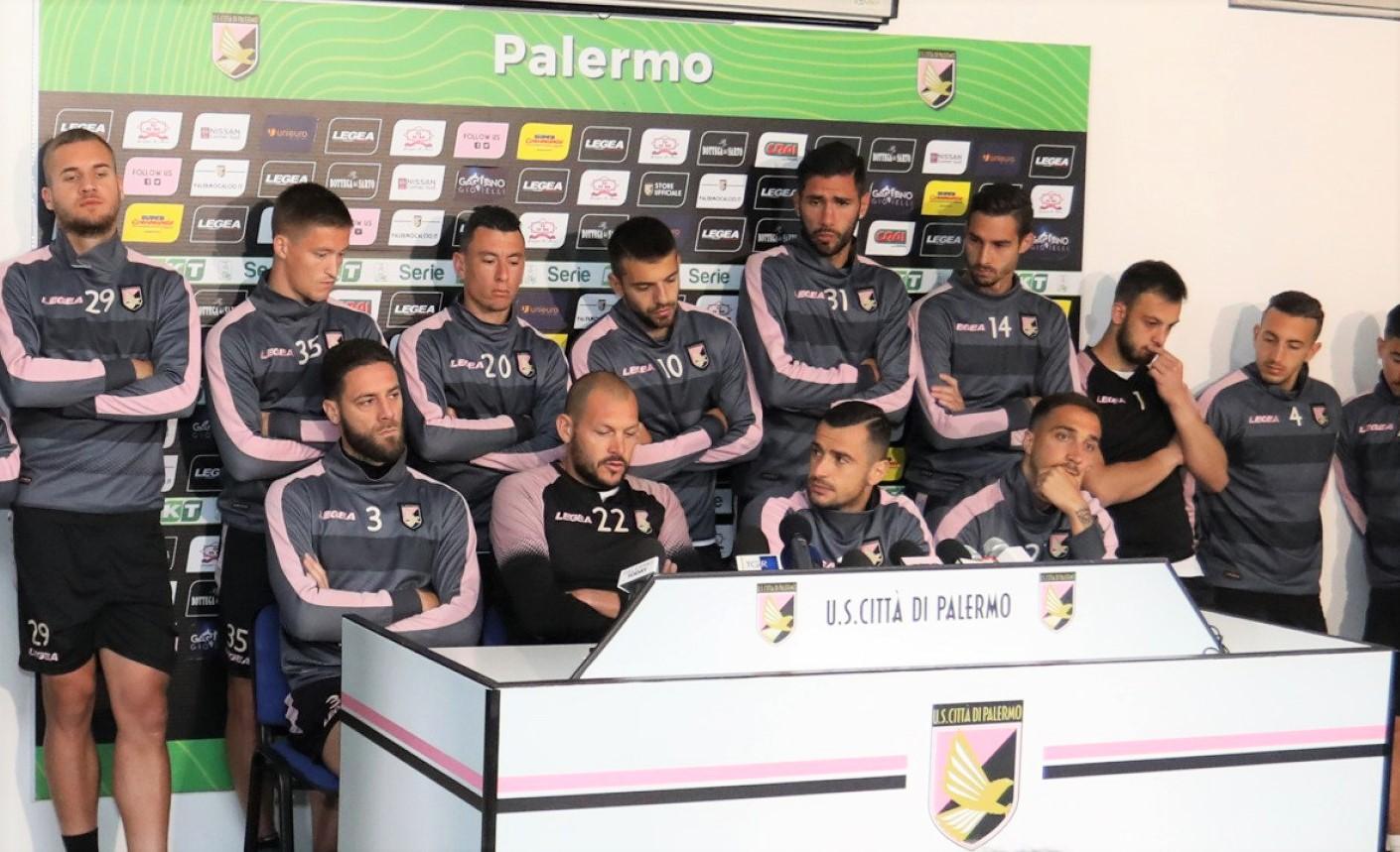 """Palermo in C? I giocatori: """"Rivendichiamo diritto a giocare"""""""