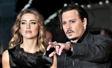 "Johnny Depp contro Amber Heard: ""E' lei che ha abusato di me"""