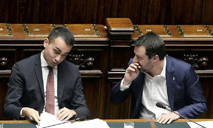 """Salvini si """"prende"""" i porti, dl Sicurezza Bis presto in Cdm. Di Maio deluso"""