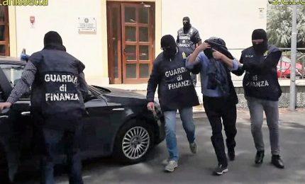 Terreni agricoli, arrestati 12 esponenti mafiosi