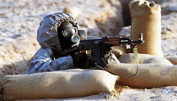 Usa sospettano uso armi chimiche in Siria, risponderemo. Raid aerei, almeno 12 morti