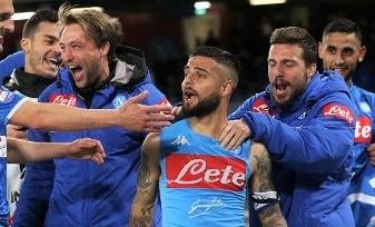 Orgoglio Napoli, Cagliari sconfitto al San Paolo